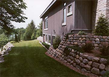 Fieldstone-Retaining-Wall-after7